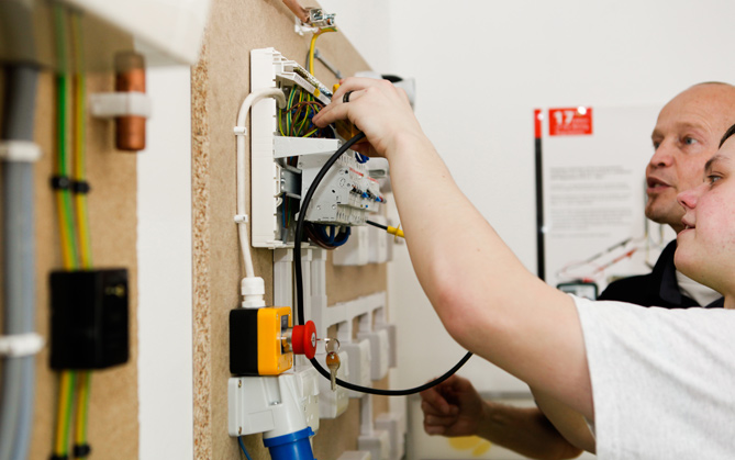 beginners electrical courses training in electrical rh traininginelectrical co uk Residential Wiring Symbols residential wiring course outline
